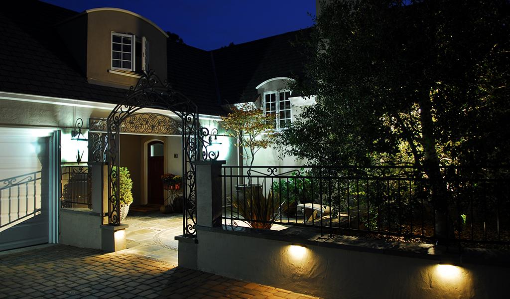 Miller Landscape Architecture entrance lighting